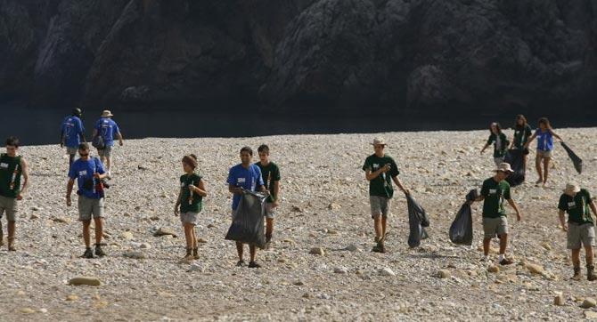 Coahuila: se unen jóvenes a limpieza del río (La Voz de Coahuila)