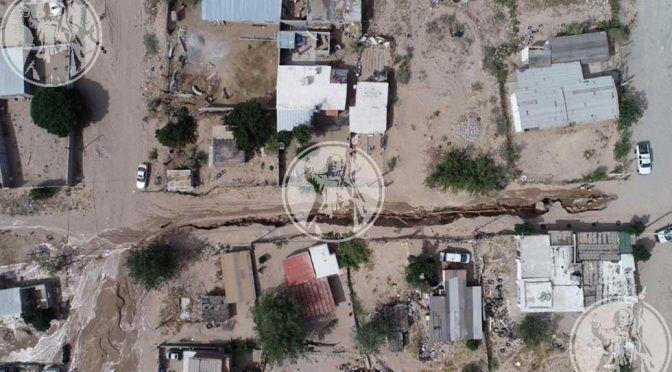 Juárez: Fuga de agua crea hundimiento en calles de Rancho Anapra (El Diario)