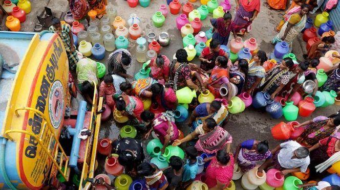 Nueva Delhi: Sufre India agua escasez de agua (Excelsior)