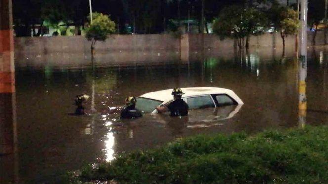 CDMX: Inundación en GAM, culpa de empresa que construye vía en Edomex (Excelsior)
