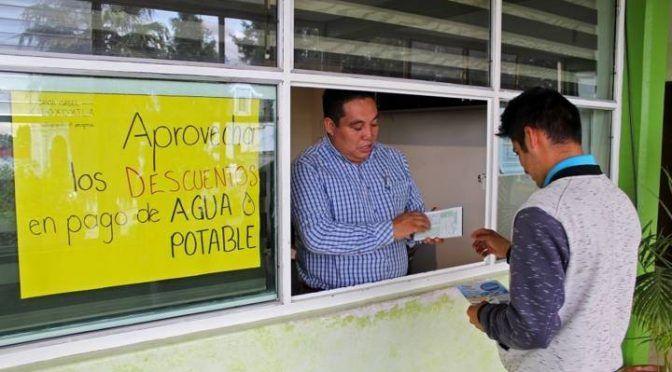 Tlaxcala: en Xiloxoxtla arranca campaña de descuento de agua potable (E-Consulta)