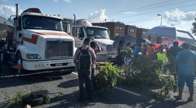 Tabasco: Cierran la Vhsa-Frontera por falta de agua (Tabasco Hoy)