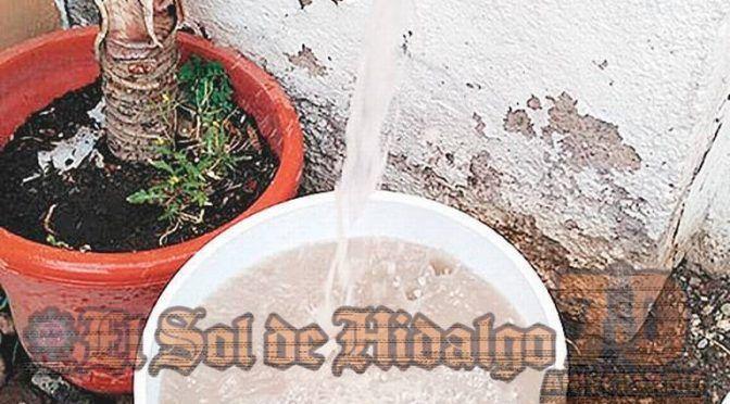 """Hidalgo: Afirman vecinos: """"El agua potable está contaminada"""" (El Sol de Hidalgo)"""
