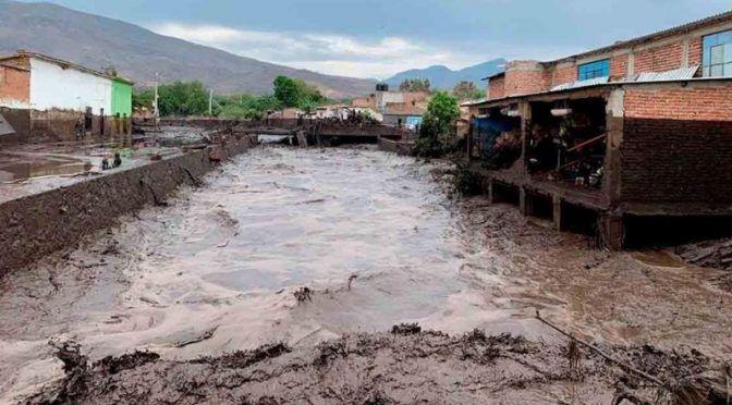 Jalisco: Aguacateros, responsables por desborde de río Apango (Oaxaca día a día)