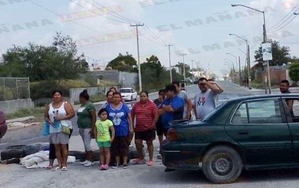 Reynosa: Bloquean calles por falta de agua (El Mañana)