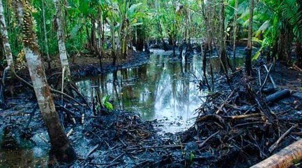 Perú: Nativos piden agua y lanzan alerta de contaminación por derrame en Amazonía (La Vanguardia)