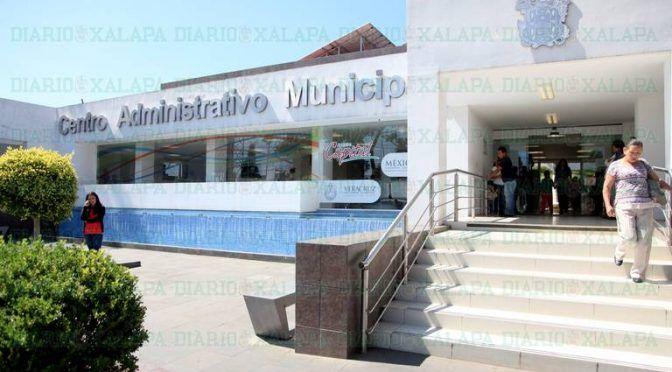 Veracruz: escuelas, hospitales, asilo y teatro deben a Xalapa casi $3 millones en agua (El Diario de Xalapa)