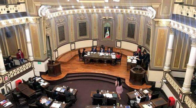 Puebla: Congreso busca eliminar privatización del agua y aprobar reducción de sueldos (El Sol de Puebla)