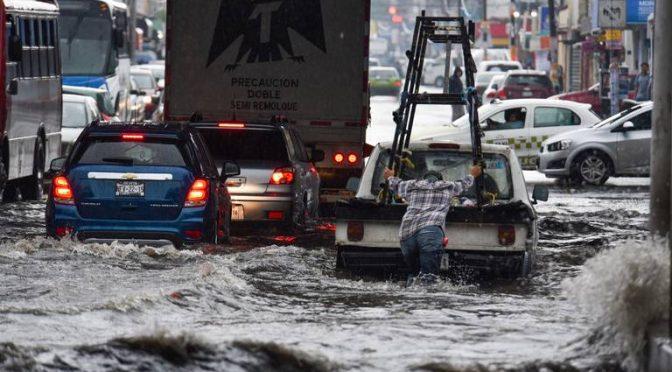 Estado de México: lluvia causa inundaciones en varios puntos del valle de Toluca (El Sol de Toluca)