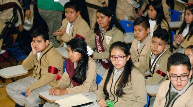 CDMX: Reconocen a secundaria por su compromiso ambiental (La Jornada)