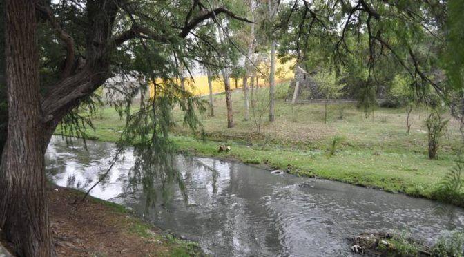 México: Limpian ribera del Río en Tequisquiapan (El Sol de San Juan del Río)