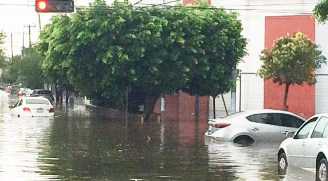 CDMX: El agua no perdonó nada en la capital (Plano Informativo)