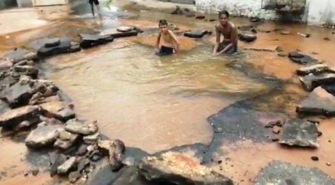 Venezuela: Socavación en sector de Ciudad Bolívar deja sin agua a más de 50 familias (El Pitazo)