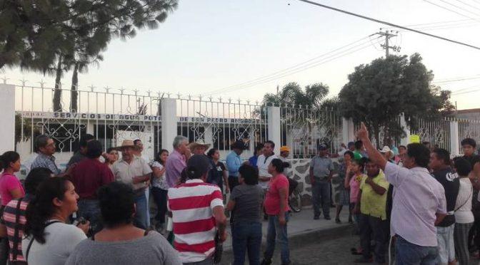 Querétaro: Inconformidad en San Pedro Ahuacatlán; por elección de Comité del Agua (Diario de Querétaro)