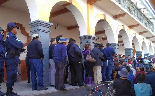 Puebla: Moyotzingo se opone a la privatización del agua (municipios)