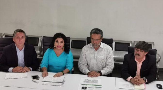 CDMX: Iztapalapa distribuye agua en pipas por suspensión de servicio (La Jornada)