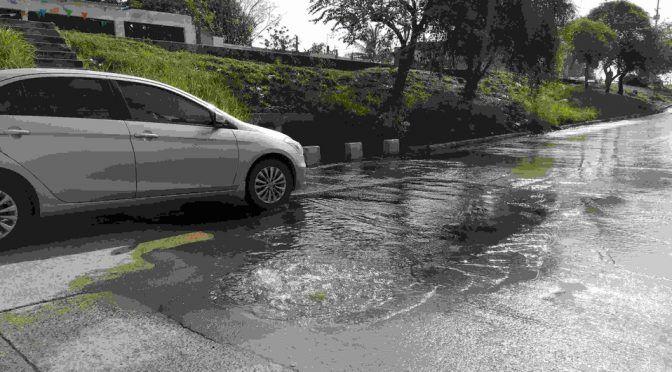 Naucalpan: Residencial descarga de modo negligente su agua residual (Milenio)