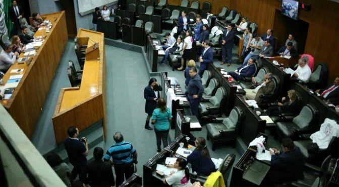 Nuevo León: Con candados, pero aprueban deuda para Presa Libertad (Los tubos)