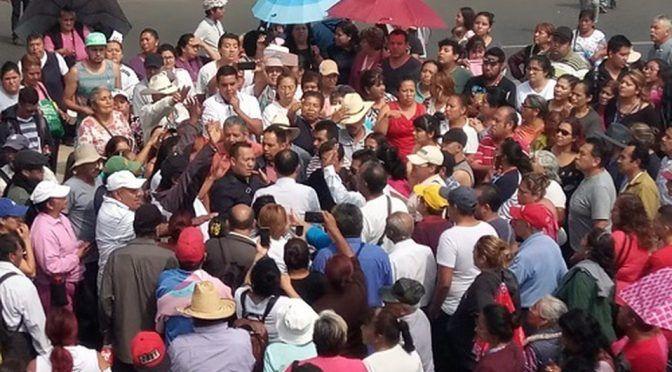 Estado de México: En Ecatepec, vecinos bloquean Vía Morelos por falta de agua (Milenio)