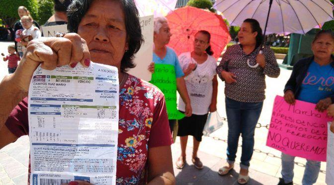 Denuncian irregularidades en cobros de agua en León, Guanajuato . (La Jornada)