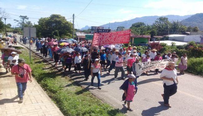 Chiapas: Pueblos zoques protestan contra megaproyectos extractivos (El Universal)