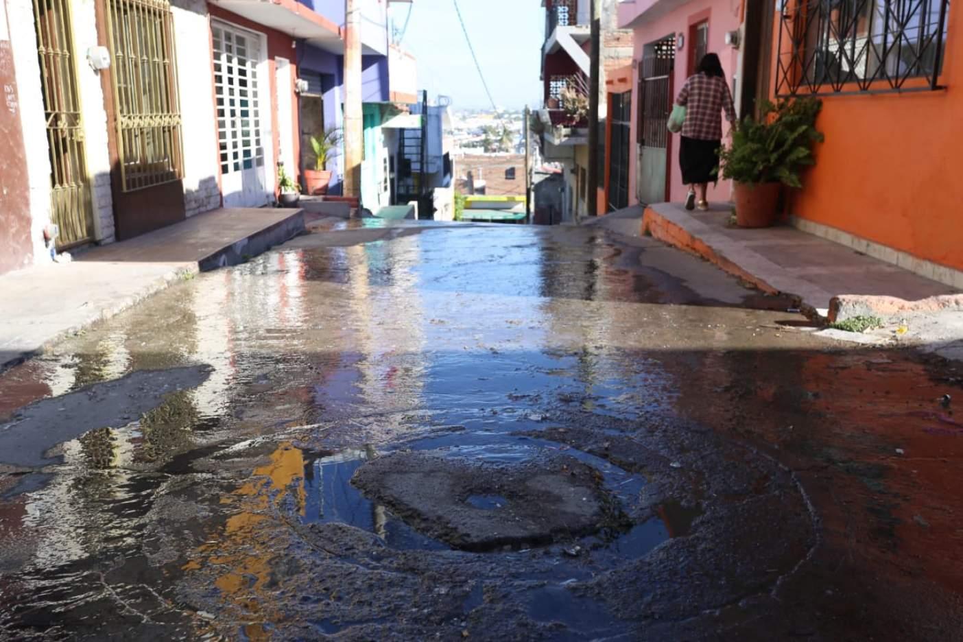Sinaloa: Fugas golpean el suministro de agua en Mazatlán (El Sol de Mazatlán)