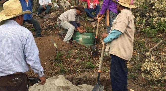 En Oaxaca, buscan resolver problema de comunidades por agua (Milenio)