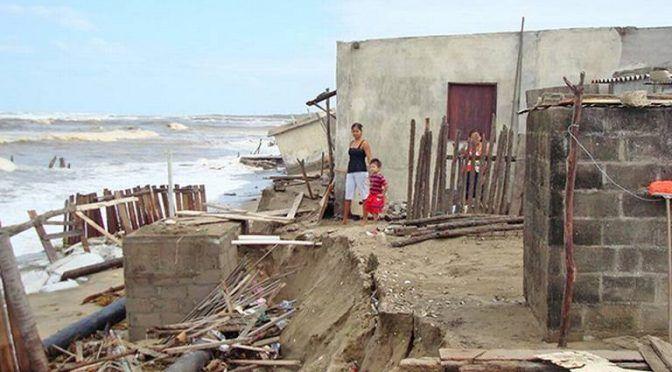 Tabasco: Rodeados de agua, sin poder tomarla (El Heraldo de Tabasco)