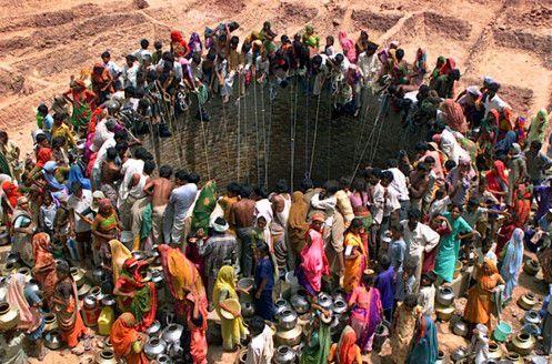 India: El país sufre ola de calor, epidemia y crisis de agua (Prensa Latina)