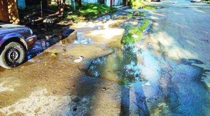 Nuevo Laredo: Falta agua, pero sobran las fugas (El Mañana)