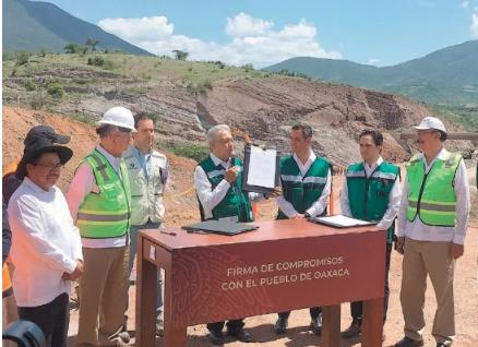Oaxaca: Conflictos complican los caminos de AMLO (El Universal)