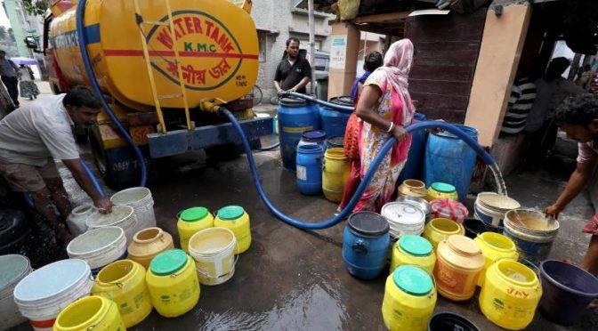 India: Las mafias del agua se apoderan  de un mercado sediento (La prensa Latina)