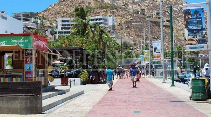 Baja California Sur: Turistas consumen hasta 50 litros de agua por segundo por día  (Diario el independiente)