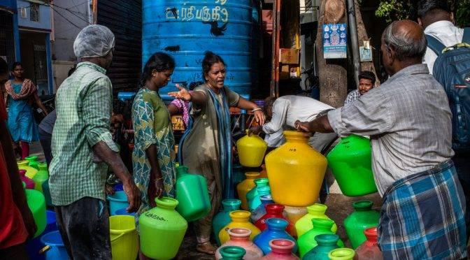 Asia: La vida en una ciudad sin agua: ansiedad, agotamiento y sudor (The New York Times)