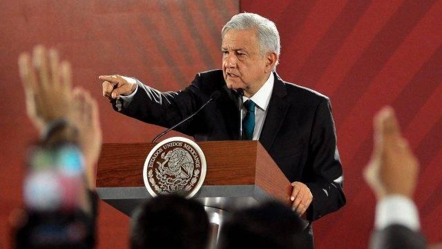 """México: AMLO rechaza producir más gas con fracking porque """"no tendríamos agua"""" (Forbes)"""
