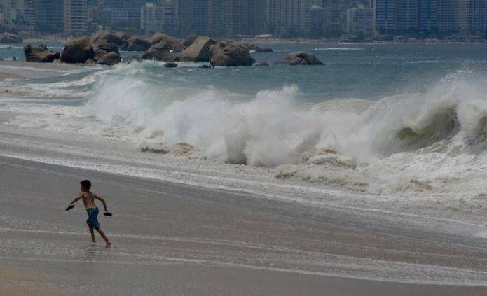 Crisis en las playas mexicanas: sargazo, materia fecal y hasta residuos tóxicos en los centros turísticos (Infobae)