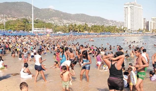 CDMX: Cofepris recomienda evitar playas que rebasaron límites de enterococos (El Universal)