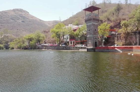 Guanajuato: Comerciantes acusan a restaurantes y DIF estatal de contaminar la Presa de la Olla (Zona Franca)
