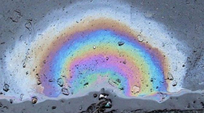 China: Científicos desarrollan nanoesponja para absorber diésel del agua (noticias RTV)