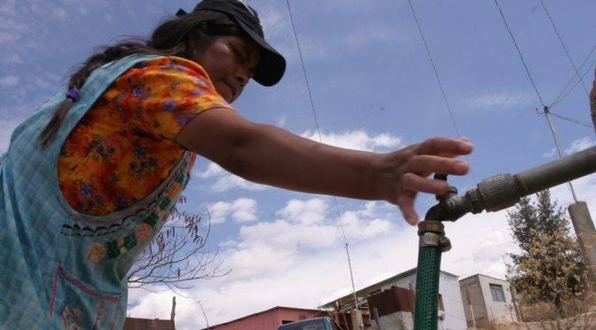 Oaxaca: sin agua potable colonos de tres agencias de la ciudad capital (El Imparcial de Oaxaca)