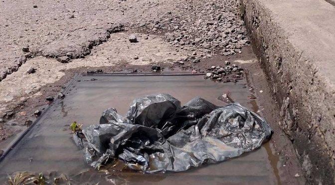 Guanajuato: Dos toneladas de basura taponan alcantarillas de la ciudad (Periódico correo)