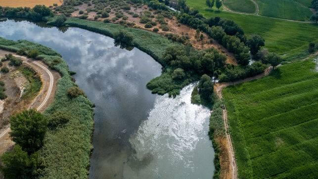 España: A vista de dron: así entran en el Tajo las aguas contaminadas del río Jarama (toledo diario)