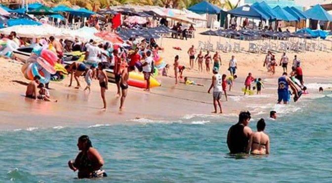 Guerrero: Tufo y contaminación no ahuyentan turismo en Acapulco (Pulso)