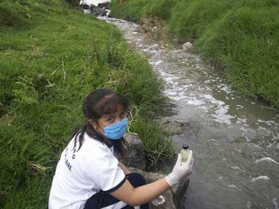Publican decreto para garantizar acceso de agua en sitios en pobreza (La Jornada)