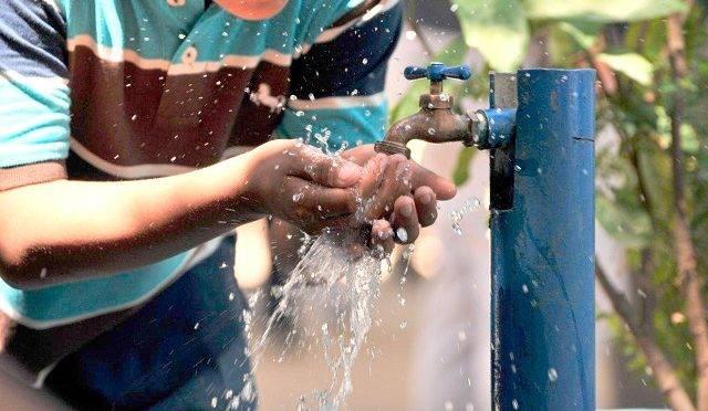 Califican al agua potable como el segundo mejor servicio en Puebla (E-Consulta)