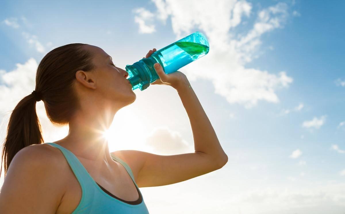 Japón: Corredores de maratón deberán llevar su propia agua (El Universal)