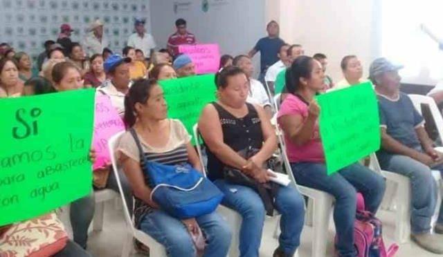 San Luis Potosí: Familias de Los Sabinos se manifiestan para exigir agua (Pulso)