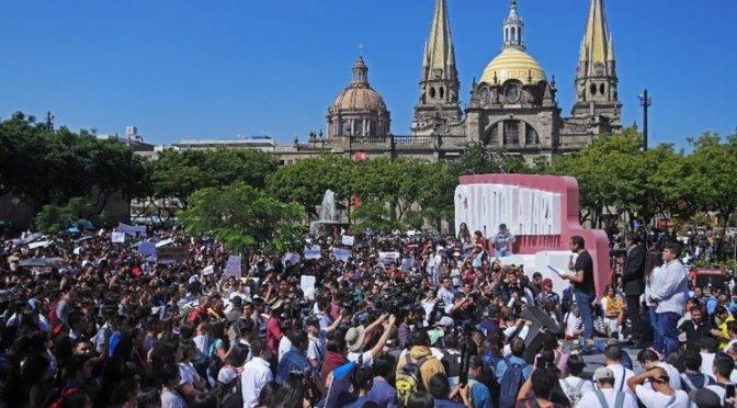 Jalisco: Ciudadanos impugnarán donación de terreno a UdeG (La Jornada)