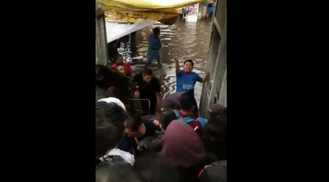 CDMX: Intensas lluvias provocan inundaciones en calzado Zaragoza; activan alerta amarilla (Reporte Índigo)
