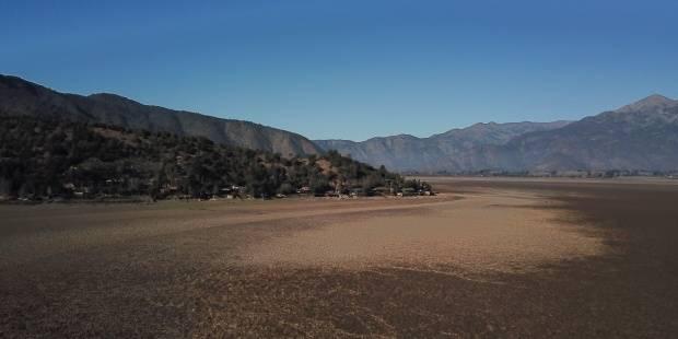 Chile: La crisis climática deja huella en la laguna seca de Aculeo (EFE verde)